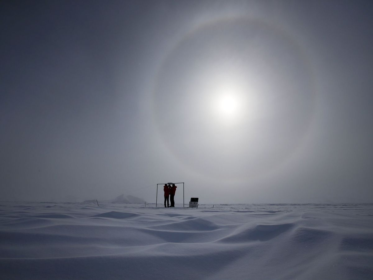 Foto: Seguimiento de la capa de ozono desde la Antártida. (EFE)