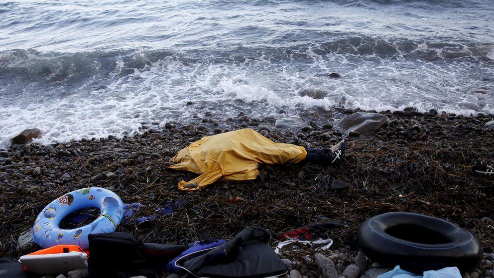 La isla de Lesbos se queda sin espacio para enterrar a los refugiados ahogados
