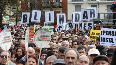Los jubilados desafían a la nieve: Nada podrá con nosotros, tampoco Rajoy