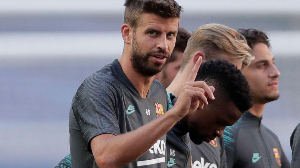 Foto: Gerard Piqué en un entrenamiento del Barcelona. (Efe)