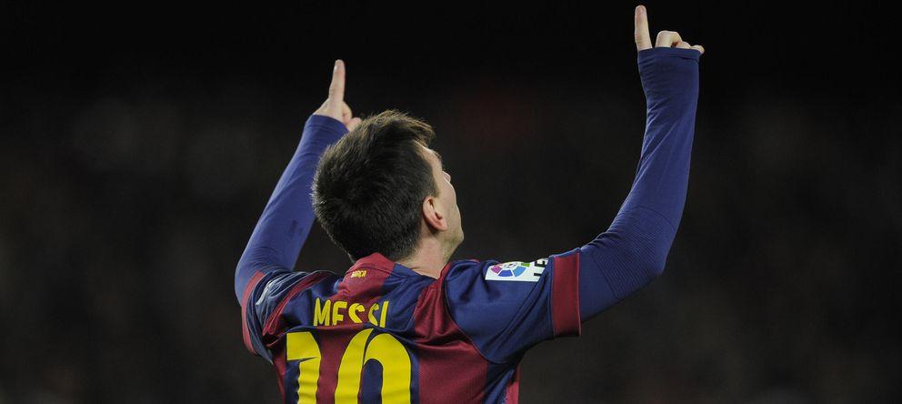 Foto: Messi celebra uno de los goles marcados al Espanyol (AP)