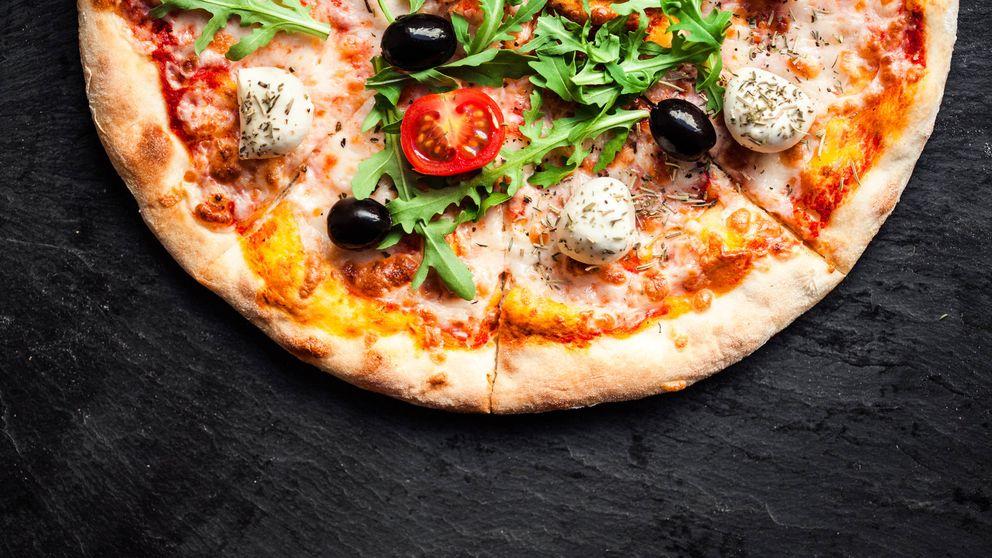 5 tipos de queso que le puedes añadir a la pizza