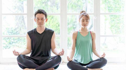 Cinco posturas de yoga para relajarte y descubrir los beneficios de la respiración