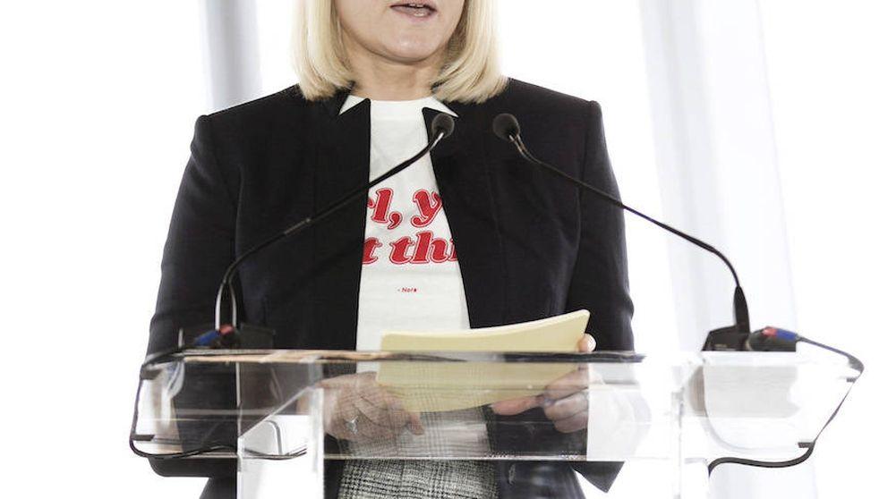 La princesa Mette-Marit se apunta a la moda de las camisetas feministas