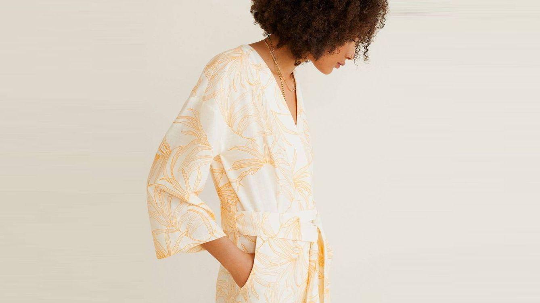 El mono estilo kimono más bonito de este verano es de Mango (y lo quieres)