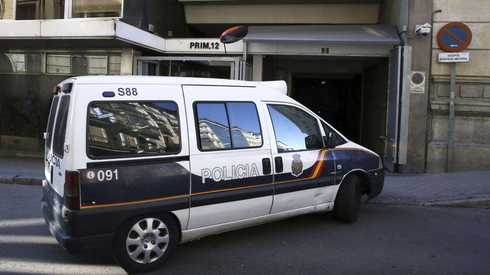 Foto: Un furgón de la Policía Nacional. (EFE)