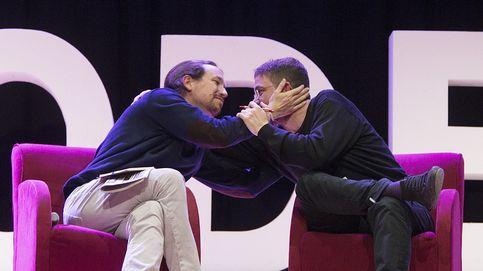 El líder de Podem se atrinchera en el sí al referéndum frente a Iglesias