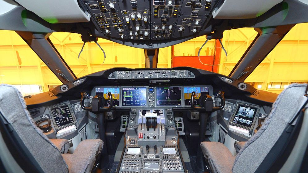 Foto: Cabina de un Boeing 787 Dreamliner. (Foto: Reuters)