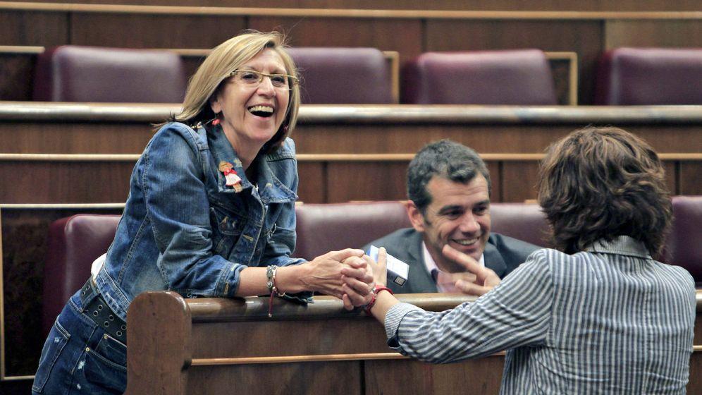 Foto: Rosa Díez con Toni Cantó e Irene Lozano en una imagen de archivo. (EFE)