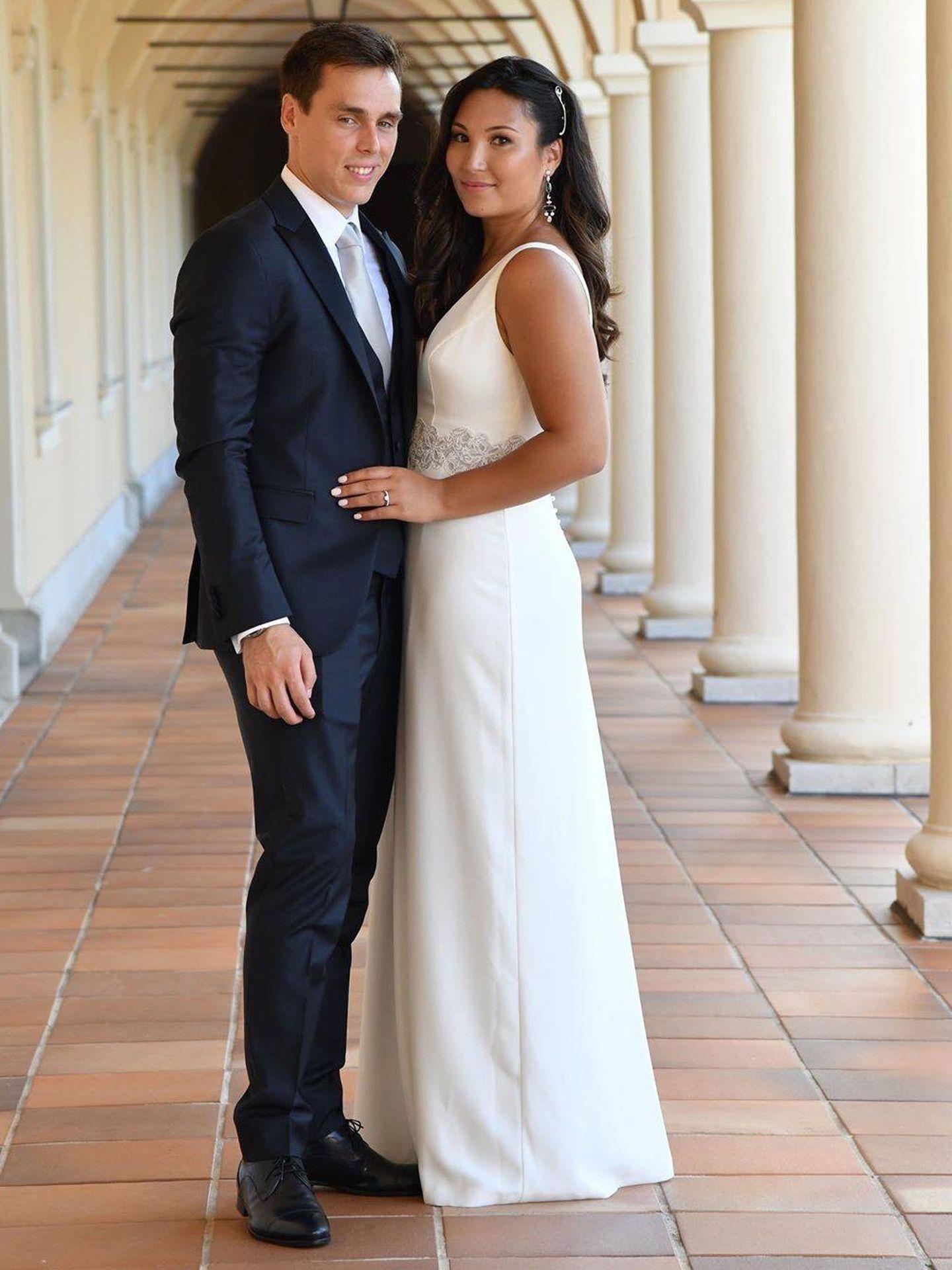 Louis y Marie Chevallier en su boda civil. (Instagram)