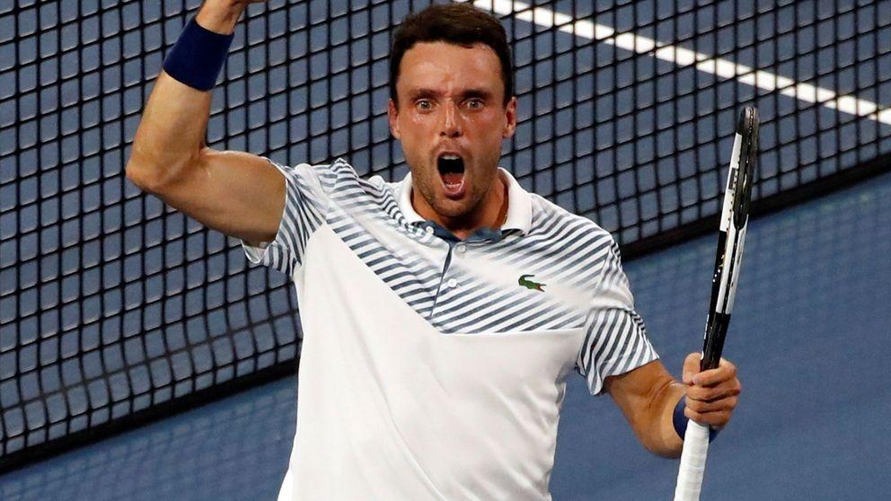 Cómo descolocar a Djokovic dos veces: la 'nueva' cabeza de Roberto Bautista