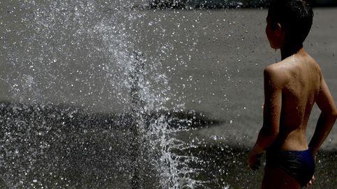 Sin piscinas en Bilbao y el personal de Justicia sin trabajo: las dos caras del calor