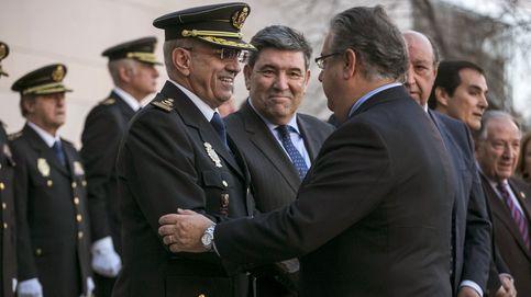 Piso a 3.000 euros, chófer y coche oficiales: el exjefe de la Policía estira su 'cargo'