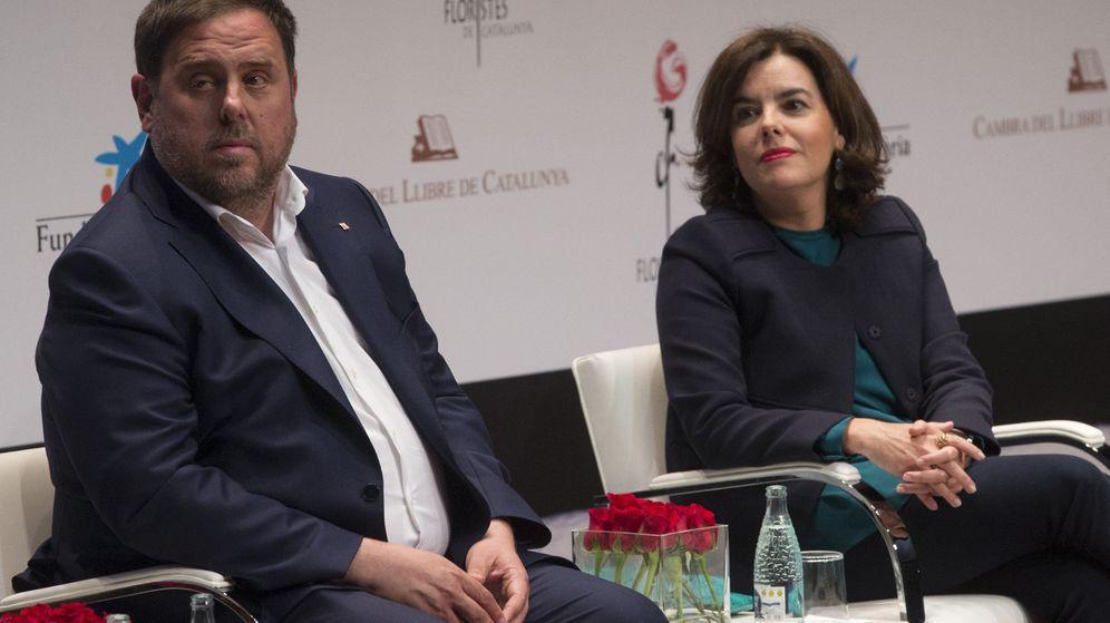 Foto: Acto de apoyo a la candidatura de la fiesta de Sant Jordi como patrimonio inmaterial de la UNESCO. (EFE)