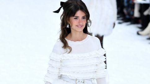 Penélope Cruz, modelo por sorpresa en el último desfile de Lagerfeld para Chanel
