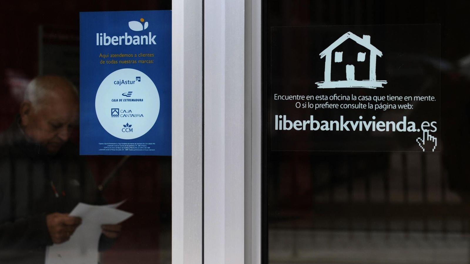 Foto: Oficina de Liberbank (Reuters)
