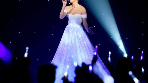 YouTube - Jennifer Lopez y su vestido mágico