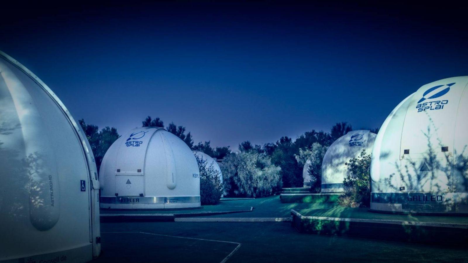 Foto: Vista nocturna del observatorio (OA Mallorca)