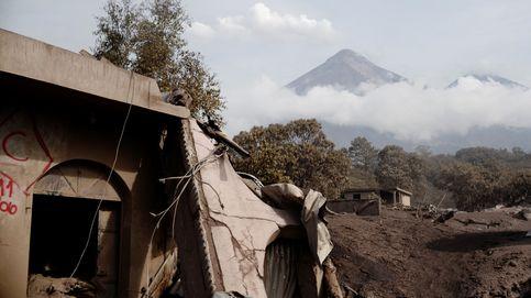 El guatemalteco que desafió al Volcán de Fuego para buscar a sus perros