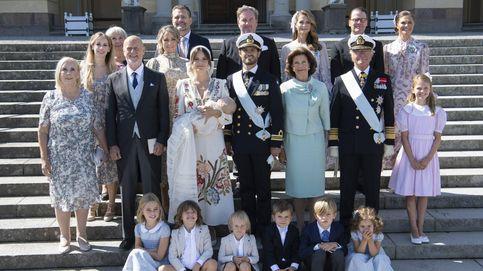 Elegancia, niños y un desmayo: el bautizo de Julian, hijo de Carlos Felipe y Sofía de Suecia