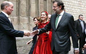 La vicepresidenta hace de 'embajadora' de Rajoy y habla con Mas en Barcelona