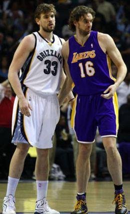 Foto: ¿Quién es mejor? Pau y Marc se parecen como un huevo a una castaña
