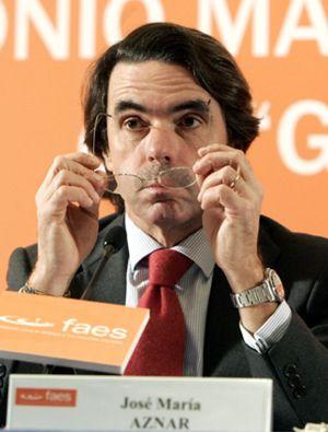 Génova quiere recuperar el control de FAES, aunque siga Aznar, para aprovechar sus recursos