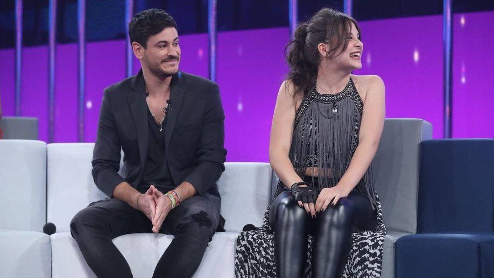 Foto: Cepeda y Thalía en la gala 4 de 'OT 2017'. (RTVE)
