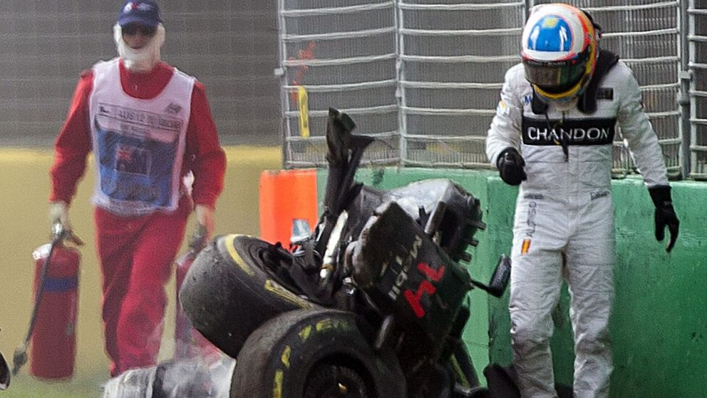 Fernando Alonso no recibe el OK de los médicos y no correrá en Bahrein