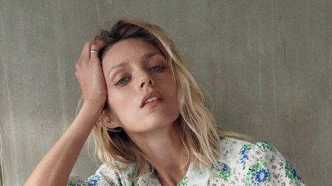 Esta blusa de flores y este vaquero de Zara hacen el look casual perfecto para todo