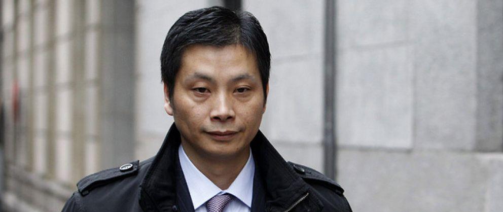 Una gestoría de Madrid legalizaba a inmigrantes para trabajar en empresas de la mafia china