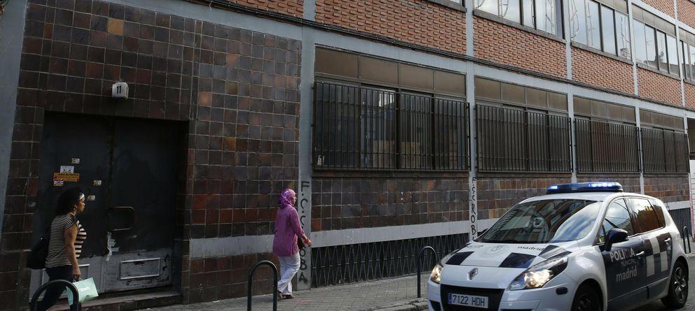 Foto: Desalojados los okupas de ultraderecha de Tetuán: Esto no acaba aquí