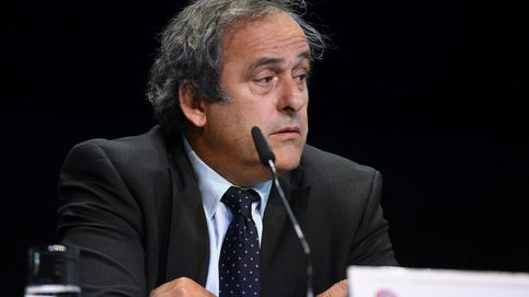Platini: He pedido a Blatter que dimita, estoy asqueado con lo que está pasando