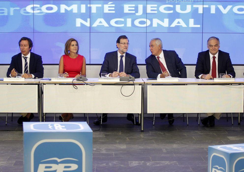 Foto: El presidente del Partido Popular, Mariano Rajoy (c) durante la reunión del Comité Ejecutivo del PP (Efe)
