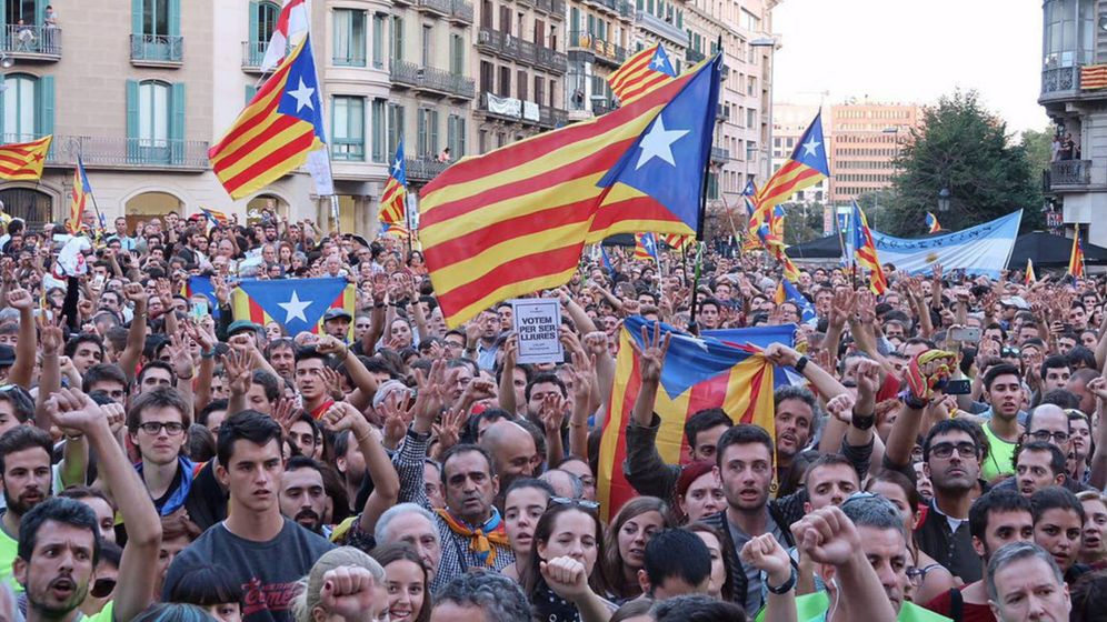 Foto: Manifestación frente a la Conselleria de Economía el 20 de septiembre. (Assemblea.cat)