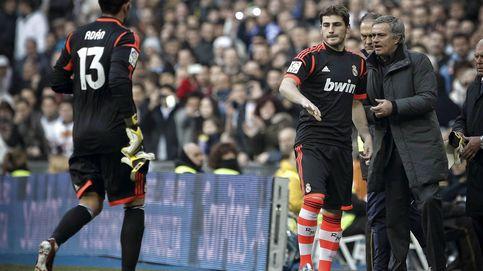 Casillas, un adicto al halago incapaz de vivir sin su cuota de pantalla
