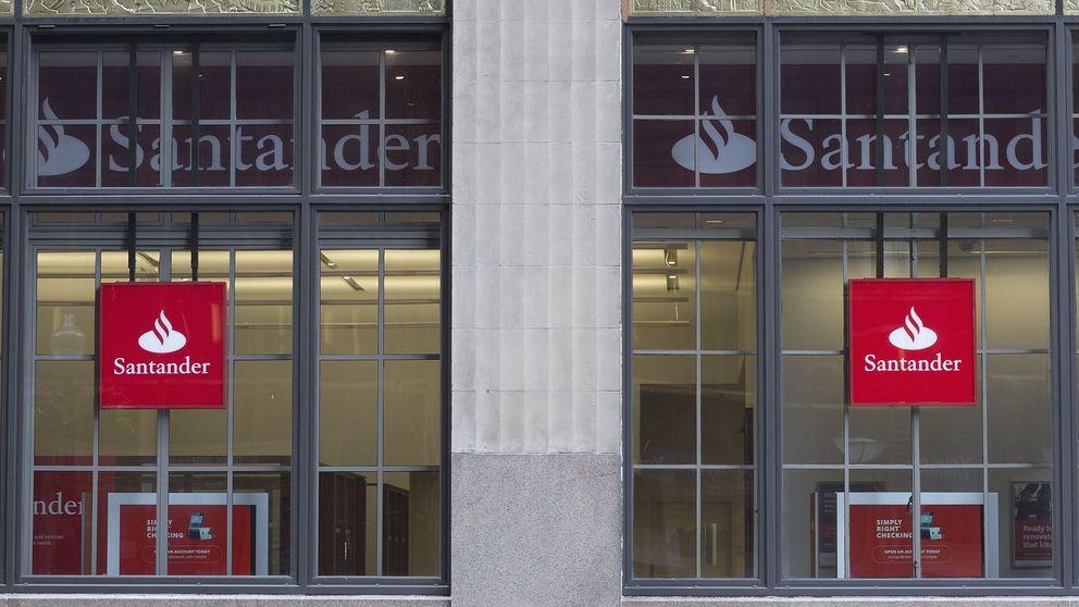 Santander contrata a una empresa de recolocación para los empleados del Popular