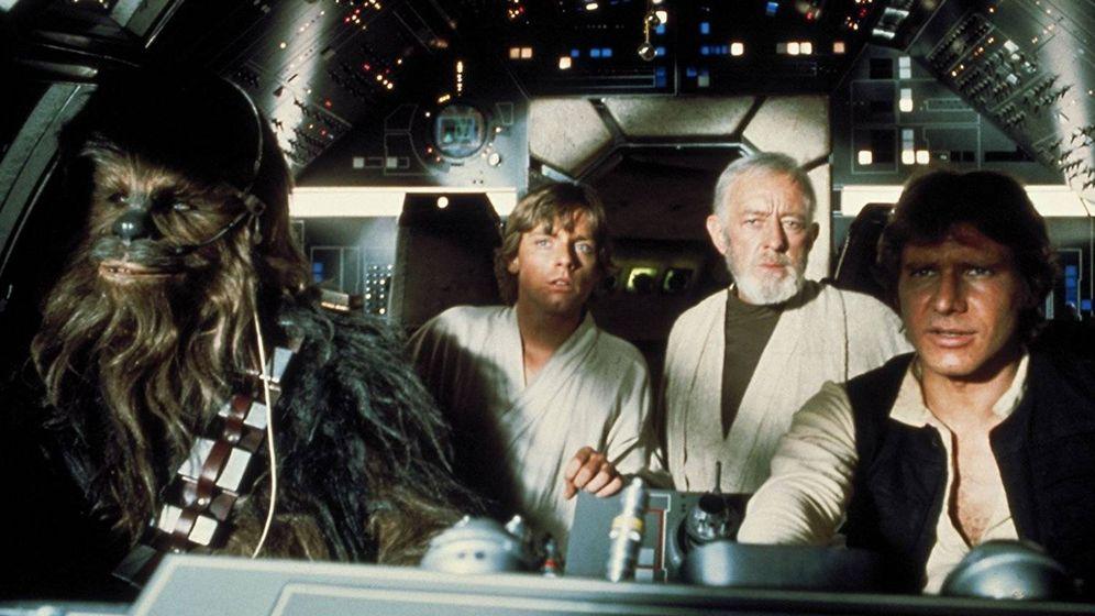 Foto: Peter Mayhew, Mark Hamill, Alec Guiness y Harrison Ford en 'La guerra de las galaxias'. (20th Century fox)