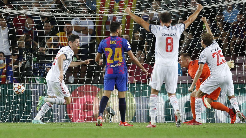 Lewandowski en el 0-2. (Reuters)