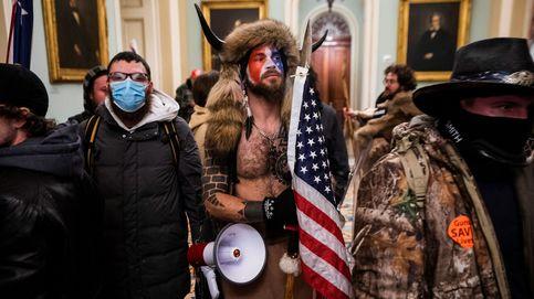 Despedidos después de participar en asalto al Capitolio y ser identificados