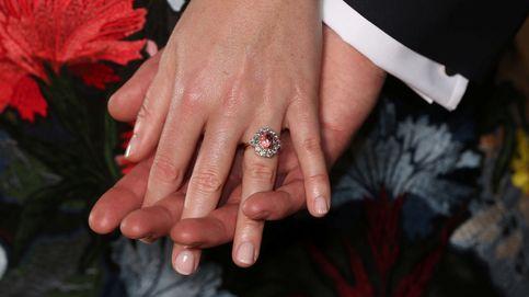 Eugenia de York y su anillo de compromiso de zafiro y diamantes