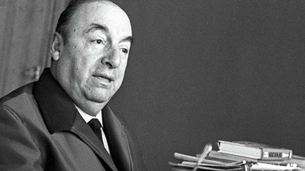 Hallan una veintena de poemas inéditos de Pablo Neruda