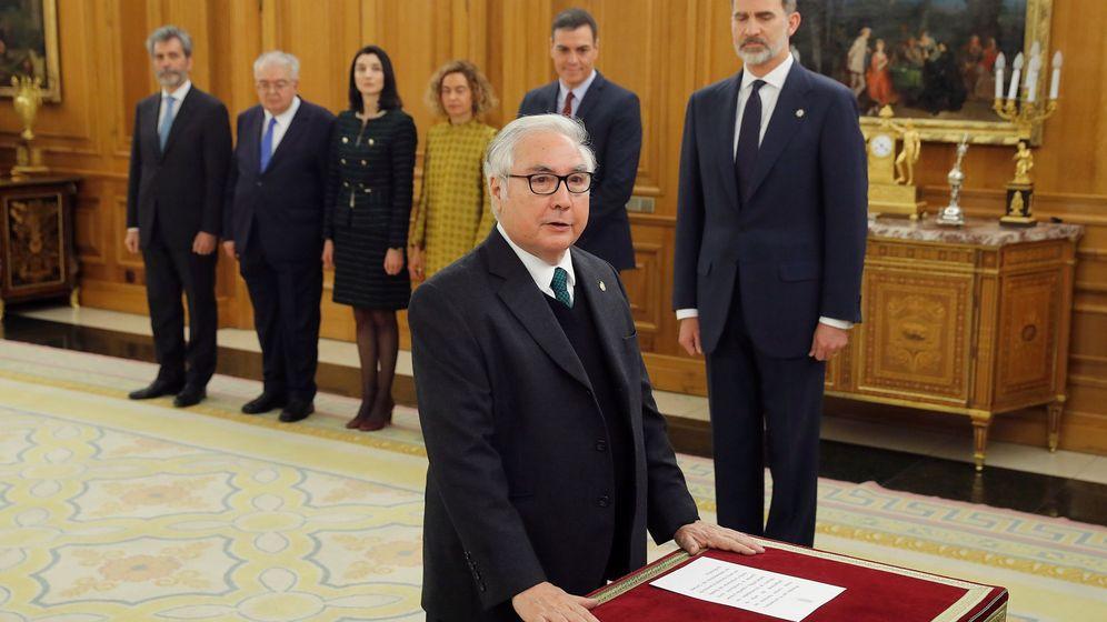 Foto: Jura del cargo de Manuel Castells. (EFE)