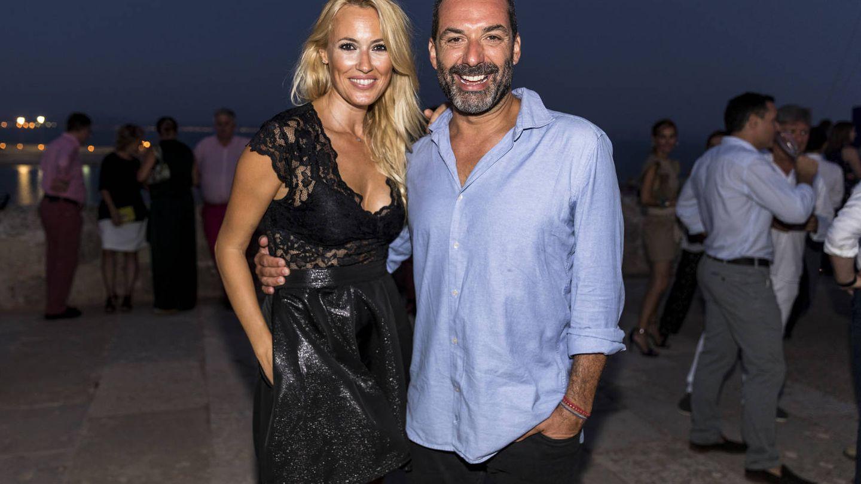 Cerezuela y Anglada en la fiesta BMW celebrada en el castillo de San Carlos.(María Muiña)
