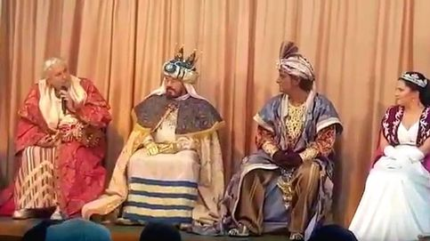 Chiquetete torpedea la Navidad vestido del Rey Gaspar: Yo soy cantante