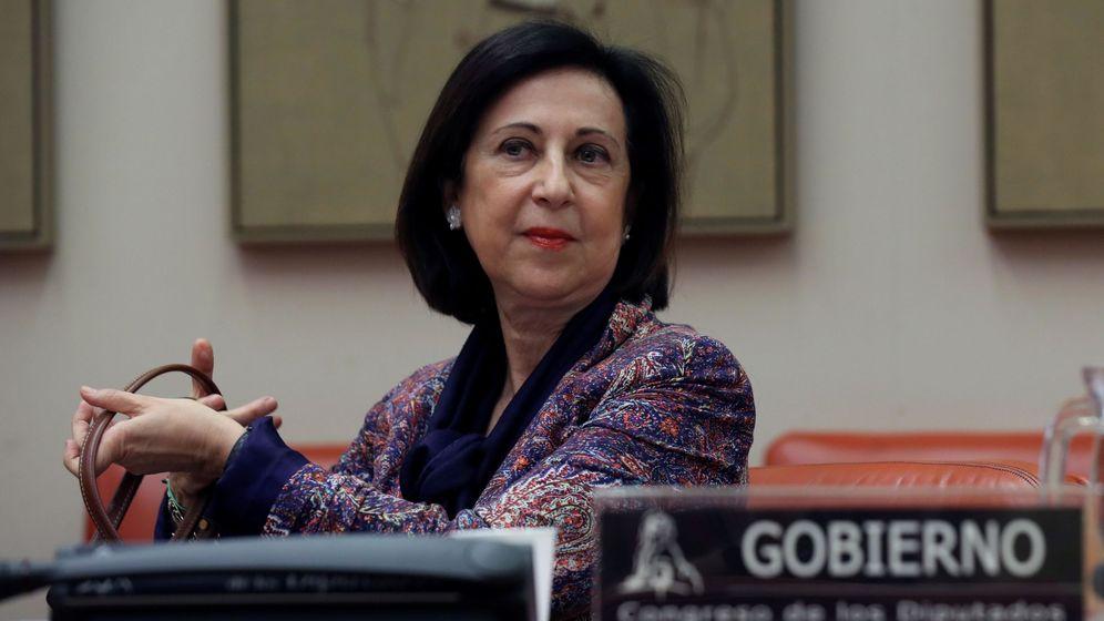 Foto: La ministra de Defensa, Margarita Robles, comparece ante la Comisión de Defensa del Congreso de los Diputados. (EFE)