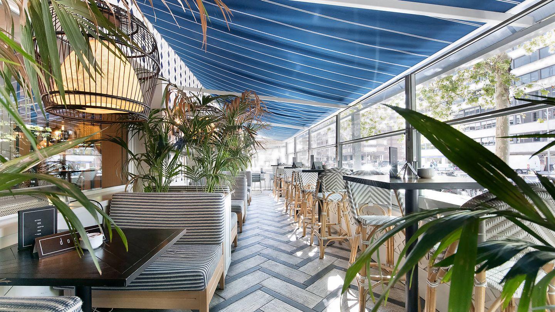 La terraza de Dogma donde te podrás tomar un cóctel. (Cortesía)