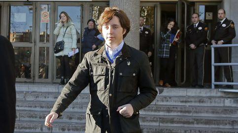 El juez retira el pasaporte al pequeño Nicolás pero rechaza la cárcel que le pide Podemos