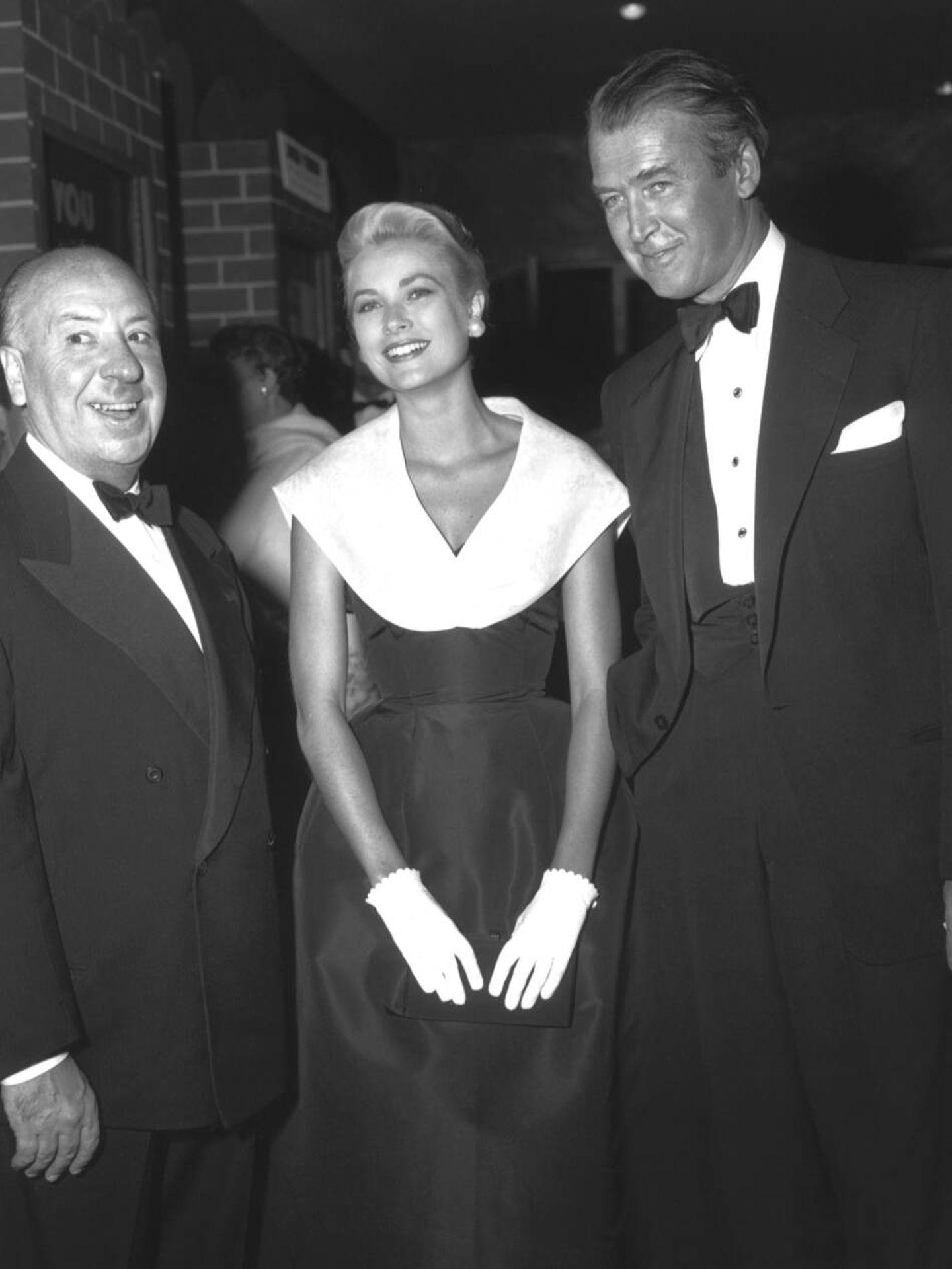 Alfred Hitchcock, Grace Kelly y James Stewart. (Cortesía de Dior)