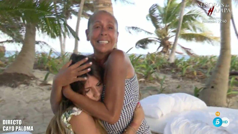 Isabel Pantoja, con su hija Chabelita en 'Supervivientes 2019'. (Telecinco)